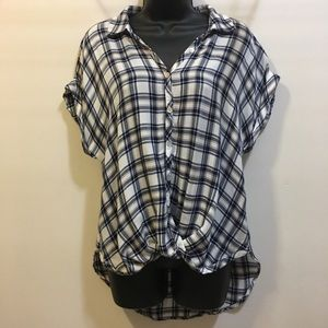 Lily White plaid high low twisted front top Medium